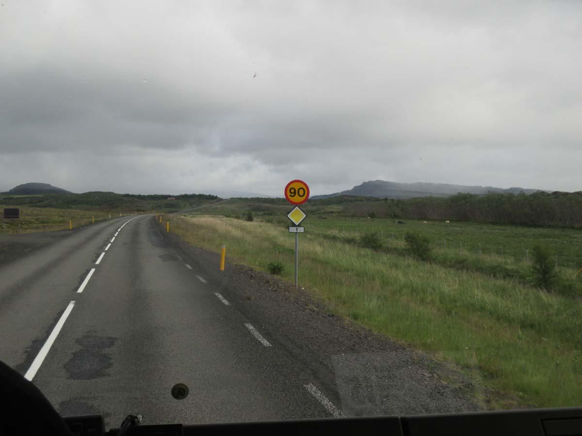 Riksväg 1 - inga motorvägar