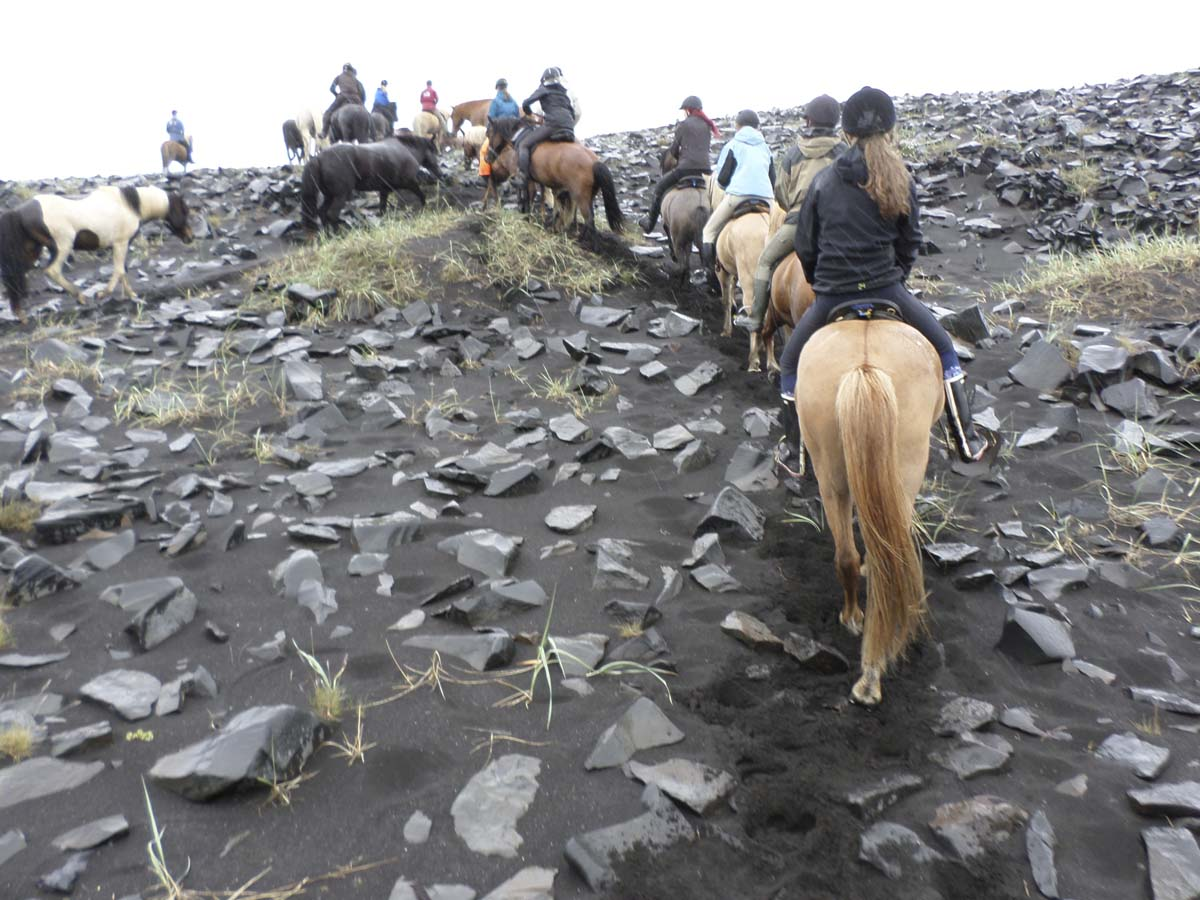 På väg uppför Sigríðarstaðasandur